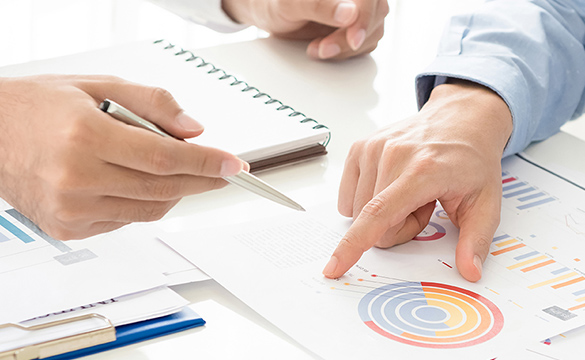 他社からの提案プランの評価と比較検討の画像02
